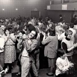 Herkes Açılsın! Dulais'de Dans